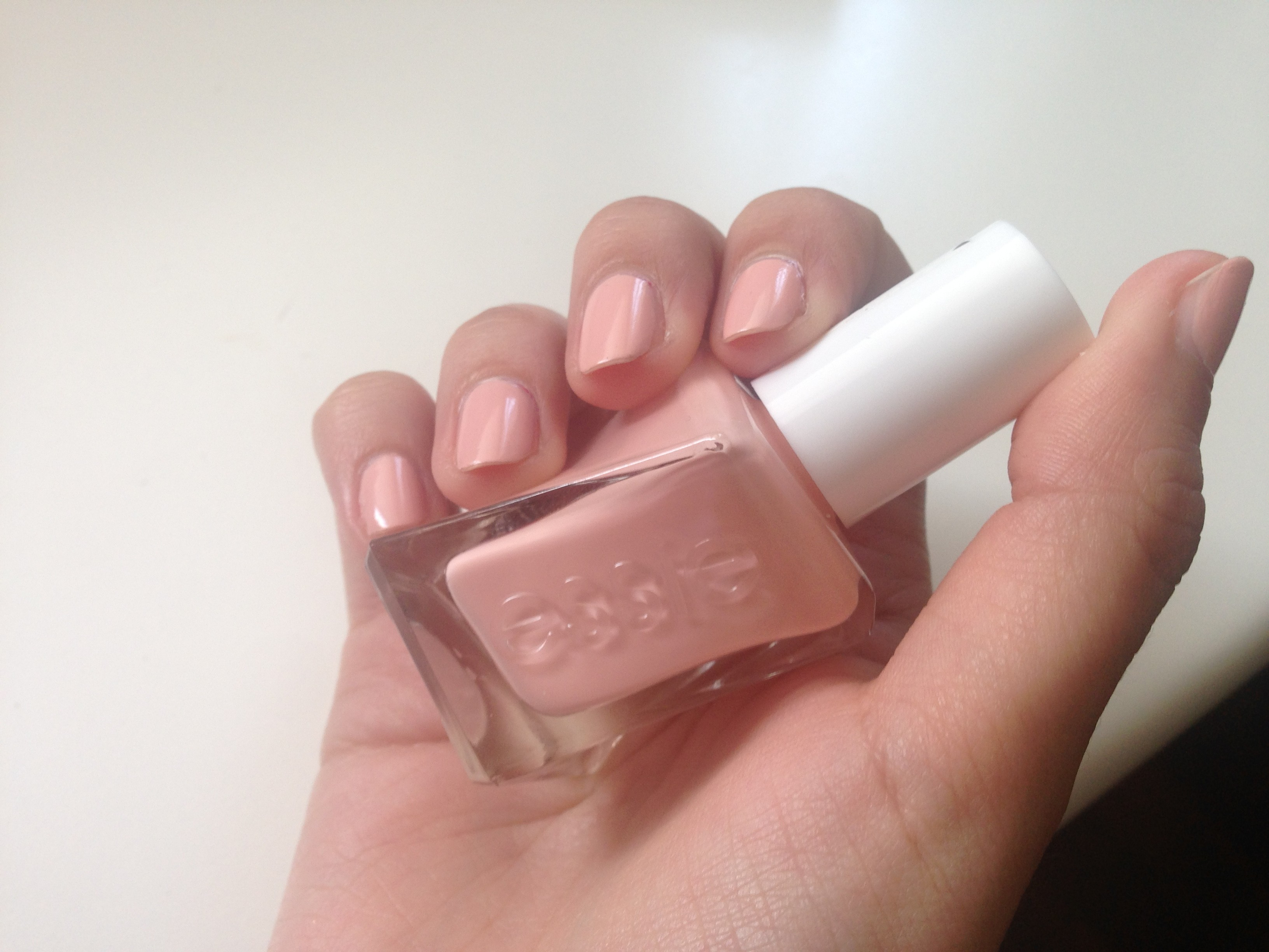 essie gel effect spool me over swatch