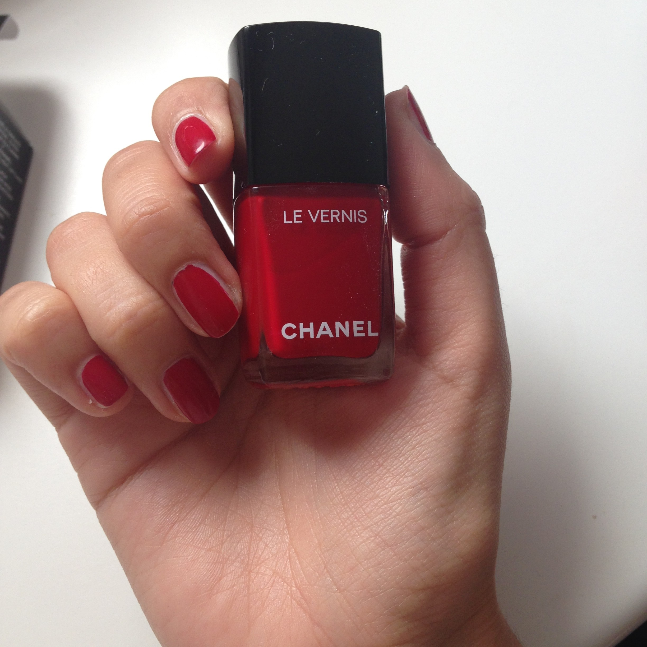 rouge puissant smalto chanel autunno 2016