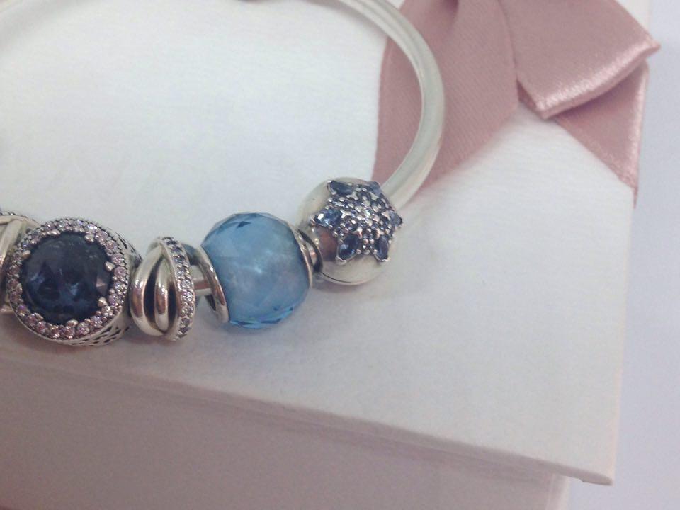 bracciale blu clip pandora